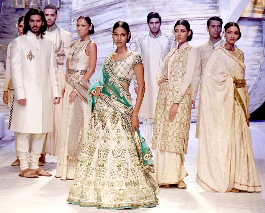 The White Fashion Indian Fashion Trends 2018