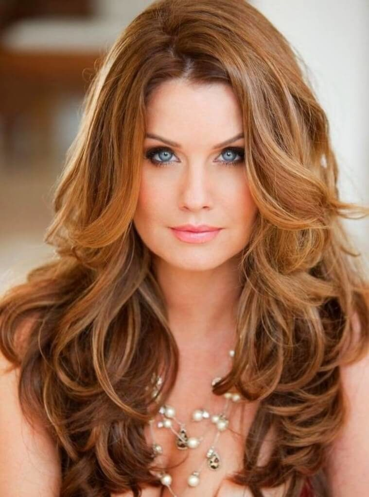 4. Catchy waves Hairstyles for Womens 2019