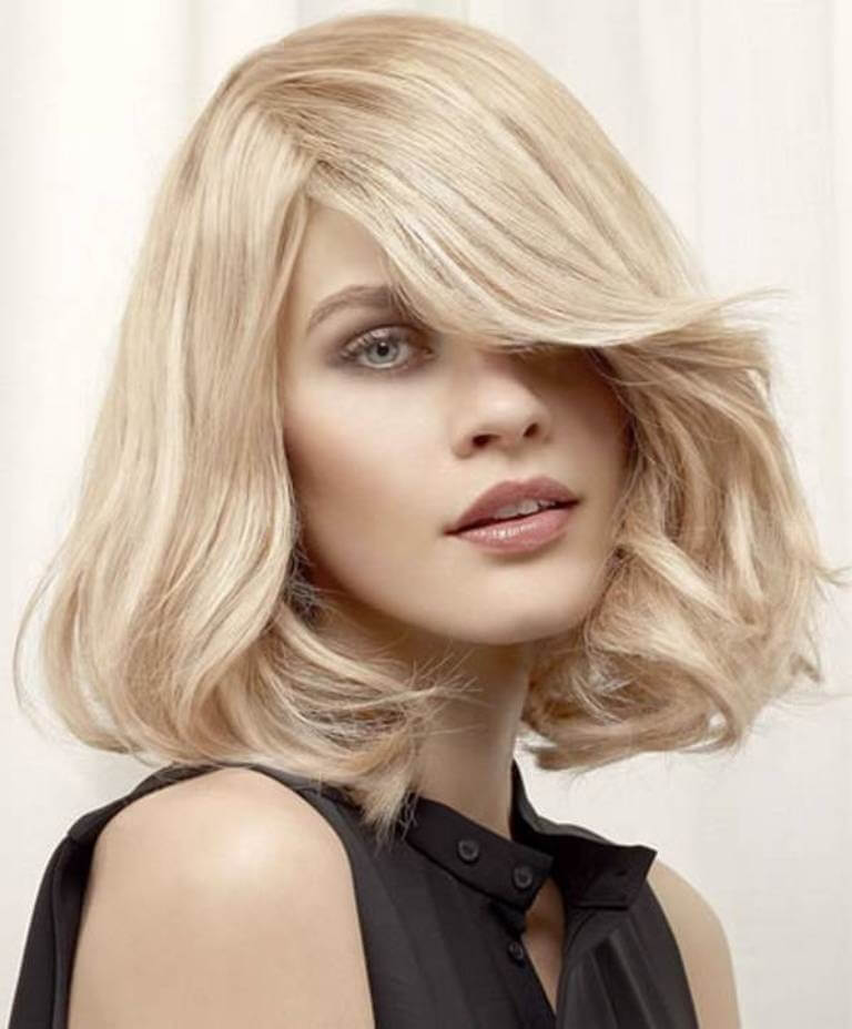 8. Center & Side parts Hairstyles for Womens 2019