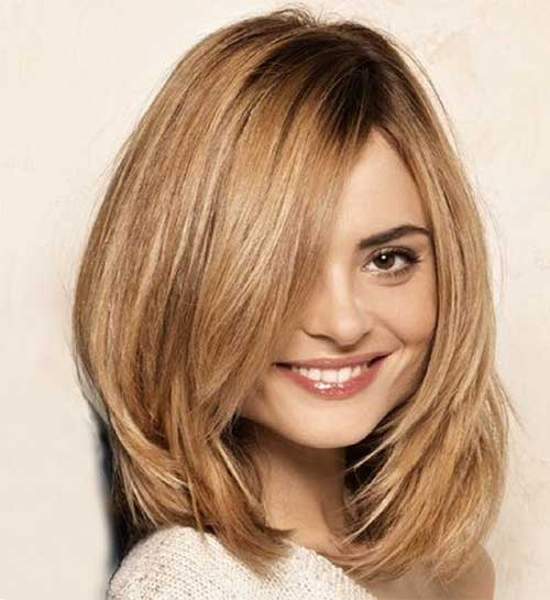 13. Short to Mid Layered Hair - Short Hairstyles for Women 2020