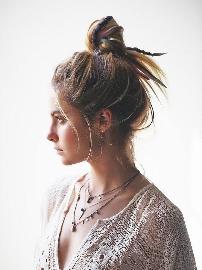 Messy Bun - Womens Hairstyles 2020