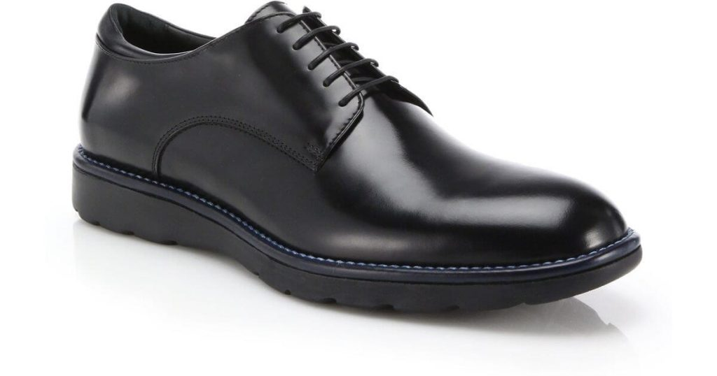 2. Plain Toe Derby Mens Shoe Trends 2019