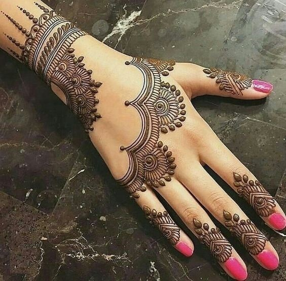 3. Dots and Lines - Arabic Mehndi Designs 2019